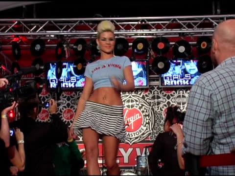 kimberly caldwell at the virgin girls rock fashion show at virgin records in hollywood, california on may 4, 2006. - ヴァージンレコード点の映像素材/bロール