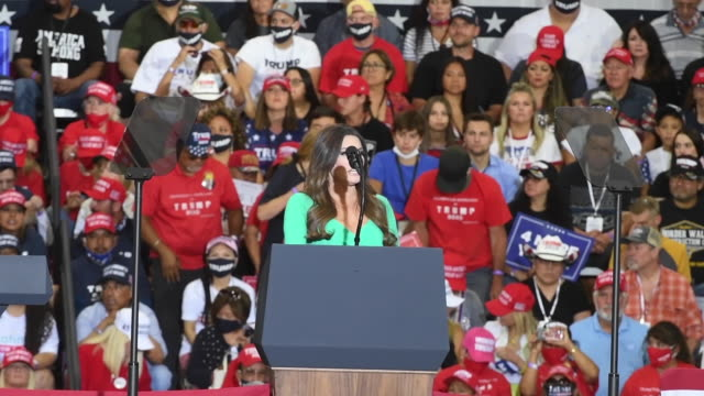 kimberly guilfoyle speaks at a campaign event for us president donald trump at xtreme manufacturing on september 13 2020 in henderson nevada trump's... - ネバダ州クラーク郡点の映像素材/bロール