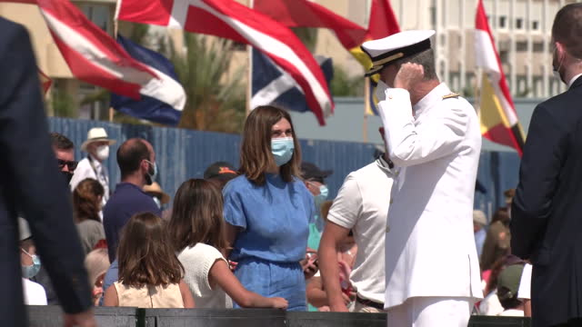 king felipe of spain receives the training ship 'juan sebastián de elcano' after completing its eleventh round the world tour in the port of the bay... - arts culture and entertainment stock videos & royalty-free footage