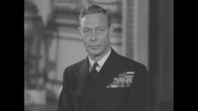 king george poses for photos in buckingham palace / note exact day not known / note exact day not known - george vi of the united kingdom stock videos & royalty-free footage