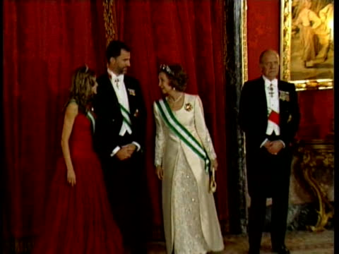 king juan carlos queen sofia prince felipe and princess letizia attends the reception with emile lahoud president of lebanon and his wife madrid spain - queen letizia of spain stock videos and b-roll footage