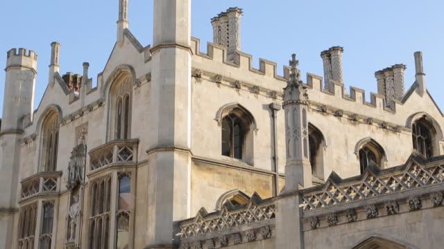 "king'ã""ã´s college on king'ã""ã´s parade, cambridge, cambridgeshire, england, uk, europe - king's college cambridge stock videos & royalty-free footage"