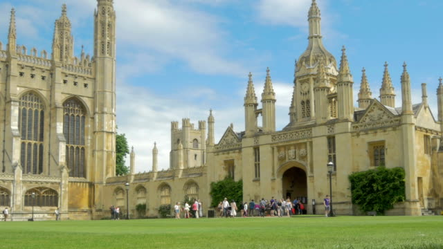 vídeos de stock, filmes e b-roll de kings college,cambridge,ms,zo - king's college cambridge