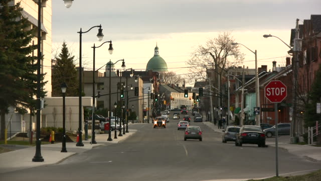 kingston ontario street in evening - small town stock videos & royalty-free footage