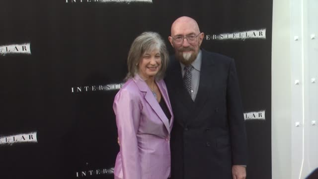 vídeos de stock, filmes e b-roll de kip thorne at interstellar los angeles premiere at tcl chinese theatre on october 26 2014 in hollywood california - tcl chinese theatre