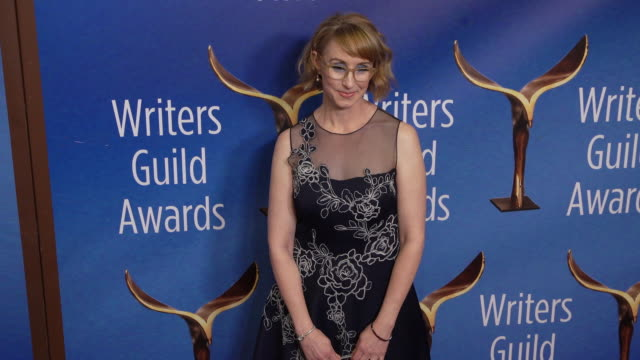 kira snyder at the 2020 writers guild awards at the beverly hilton hotel on february 01, 2020 in beverly hills, california. - the beverly hilton hotel stock videos & royalty-free footage