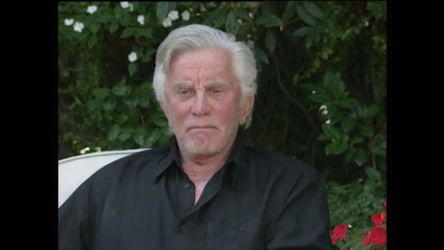 kirk douglas recalls when his son, michael, started acting at university and how he was 'terrible' at the beginning. after giving him advice, he... - wisdom stock videos & royalty-free footage