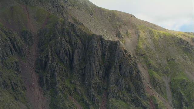 kirk fell, great gables and on to hay stacks - gable stock videos & royalty-free footage
