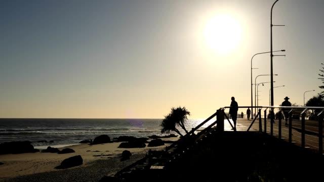 vídeos y material grabado en eventos de stock de kirra sunrise time-lapse - gold coast