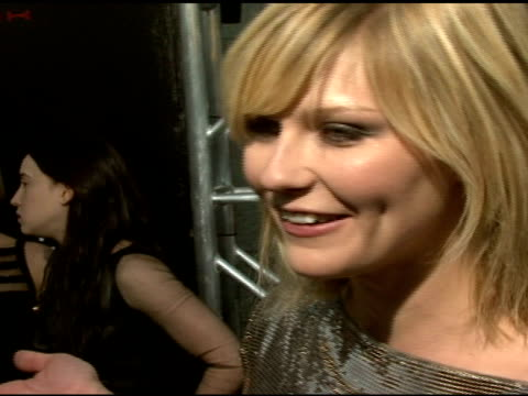 kirsten dunst on not being afraid of spiders at the 'spiderman 3' premiere at 2007 tribeca film festival at the astoria kaufman theater in new york,... - クモ類点の映像素材/bロール