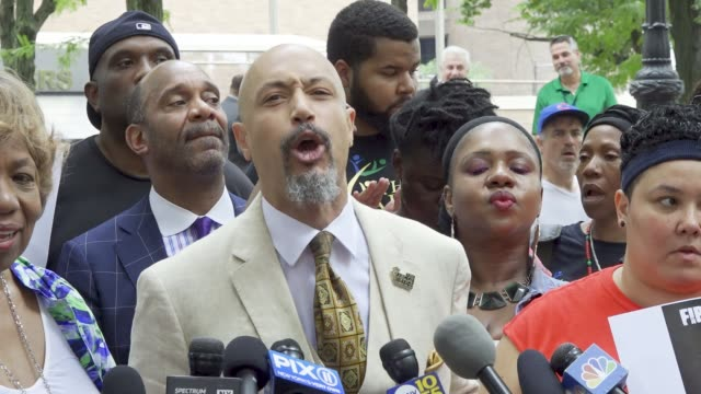 kirsten john foy - minister of the gospel of jesus christ and founder, arc of justice. eric garner's mother, gwen carr, and activists rally at 1... - minister clergy stock videos & royalty-free footage