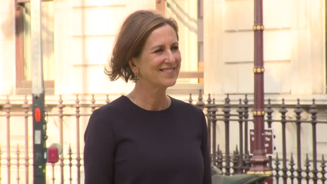 kirsty wark at royal academy of arts on june 06, 2018 in london, england. - kirsty wark video stock e b–roll
