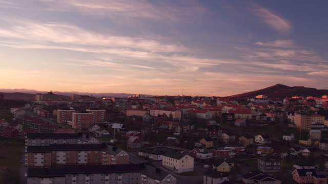 aerial: kiruna city and the kiirunavaara mountain - minatore video stock e b–roll