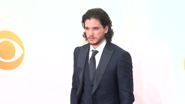 kit harington at 65th annual primetime emmy awards - arrivals in los angeles, ca, on 9/22/13. - annual primetime emmy awards stock-videos und b-roll-filmmaterial