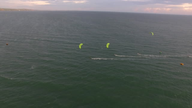 Kite race approaching a buoy