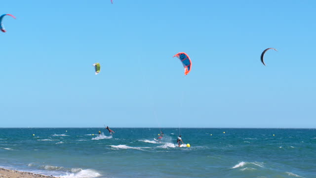 Kite surfing, Spain