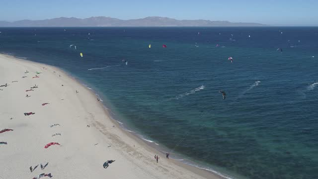 kitesurfer navigates the waters of the gulf of california during a day amid covid-19 pandemic at playa la ventana on january 15, 2021 in la paz,... - northern mexico stock videos & royalty-free footage
