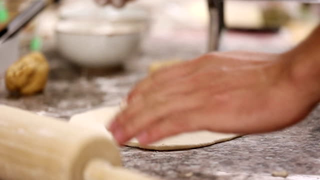 kneading dough with rolling pin - rolling pin stock videos & royalty-free footage