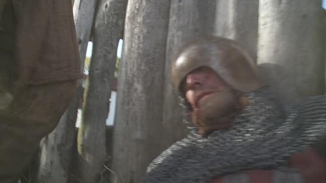knights battling at war - medieval era reenactment - medieval stock videos & royalty-free footage