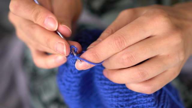 knitting hands closeup - knitting stock videos & royalty-free footage
