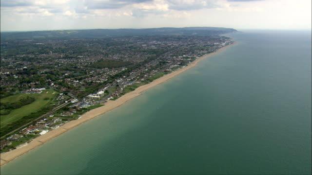 vídeos de stock e filmes b-roll de knole  - aerial view - england,  kent,  sevenoaks,  united kingdom - kent inglaterra