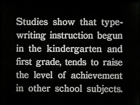 know your typewriter - 1 of 12 - andere clips dieser aufnahmen anzeigen 2356 stock-videos und b-roll-filmmaterial