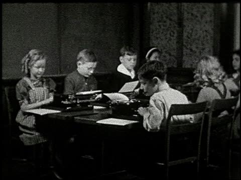 vídeos de stock, filmes e b-roll de know your typewriter - 3 of 12 - veja outros clipes desta filmagem 2356