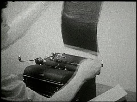 vídeos de stock, filmes e b-roll de know your typewriter - 7 of 12 - veja outros clipes desta filmagem 2356