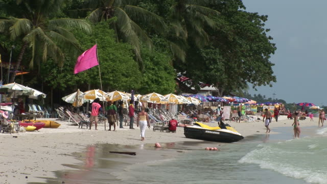 ko samui, thailandview of a beach in ko samui thailand - ko samui stock videos & royalty-free footage