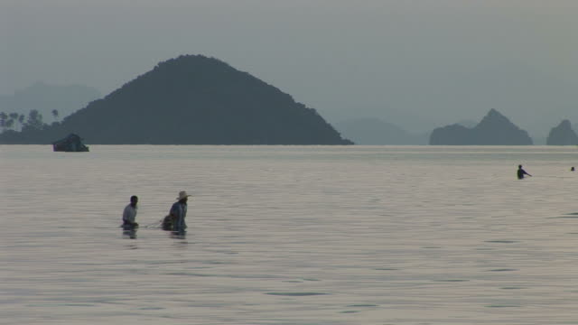 ko samui, thailandview of fishermen in ko samui thailand - ko samui stock videos & royalty-free footage