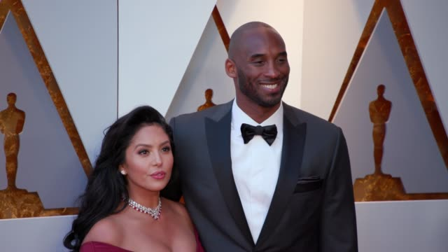 stockvideo's en b-roll-footage met kobe bryant and vanessa laine bryant at 90th academy awards arrivals 4k footage at dolby theatre on march 04 2018 in hollywood california - kobe and vanessa bryant