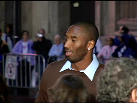 kobe bryant and wife at the 'alexander' premiere arrivals at grauman's chinese theatre in hollywood california on november 16 2004 - kobe bryant stock videos & royalty-free footage