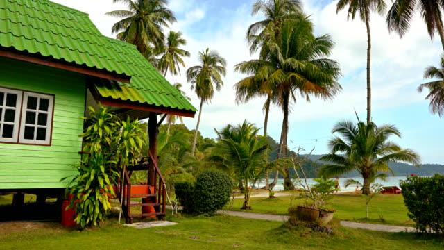 koh kood. hotel. i lay resort hotel. beach. bungalow - cottage stock videos & royalty-free footage