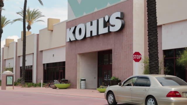 kohl's amazon have partnered with kohl's now accepting amazon returns at select locations in huntington beach california usa on saturday 11 may 2019 - kohls stock videos & royalty-free footage