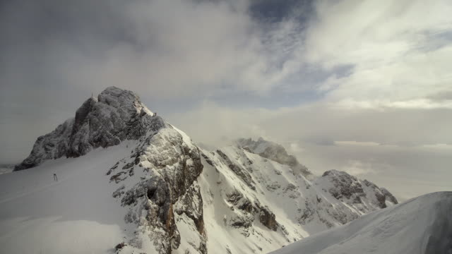 t/l ws ha koppenkarstein peak in dachstein range / steiermark, austria - snowcapped mountain stock videos and b-roll footage