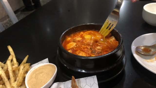 korean soup , kim chi jjigae army stew , fried chicken - anchovy stock videos & royalty-free footage