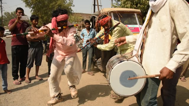 korku tribals perform ghugru dance, maharashtra, india. - tradition stock videos & royalty-free footage