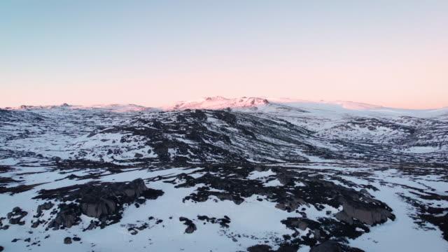 kosciuszko mountain range at dawn - new south wales stock videos & royalty-free footage