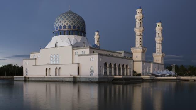kota kinabalu mosque time-lapse. - apse stock videos & royalty-free footage