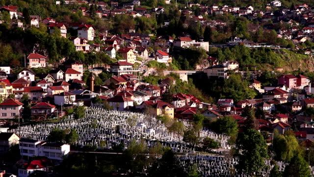 kovaci war cemetery in sarajevo - sarajevo stock-videos und b-roll-filmmaterial