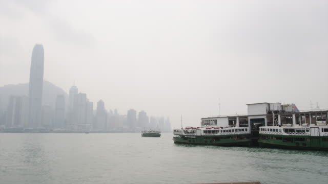 stockvideo's en b-roll-footage met kowloon star ferry pier - star ferry