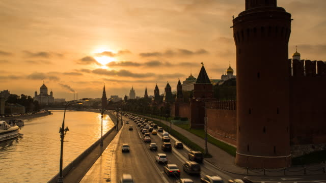 kremlin churches and towers from moscow river bridge, moscow, russia, europe - moscow russia stock videos & royalty-free footage