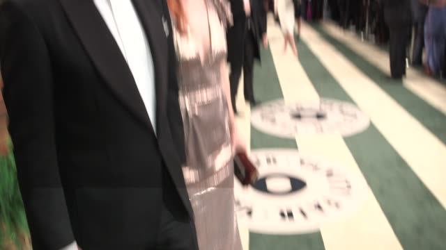 MONTAGE Kristen Bell Anna Kendrick Michael B Jordan Kelly Ripa Jessica Biel Chris Hemsworth Liam Hemsworth Heidi Klum Edward Norton Bono Jeremy...