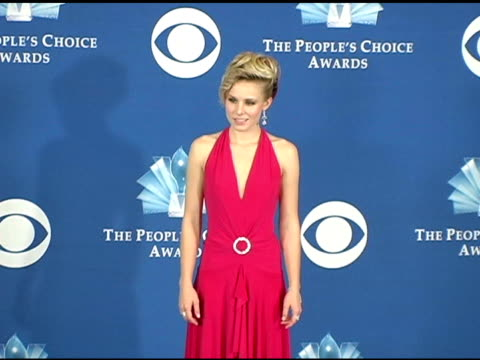 kristen bell at the 2005 people's choice awards photo room at the pasadena civic auditorium in pasadena california on january 10 2005 - kristen bell stock videos and b-roll footage