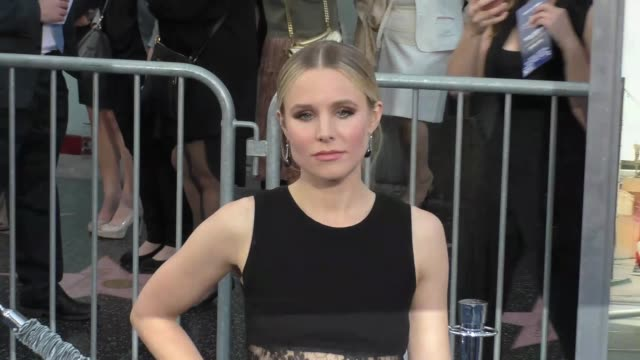 "kristen bell at the ""chips"" los angeles premiere at tcl chinese theatre on march 20, 2017 in hollywood, california. - tcl chinese theatre stock videos & royalty-free footage"