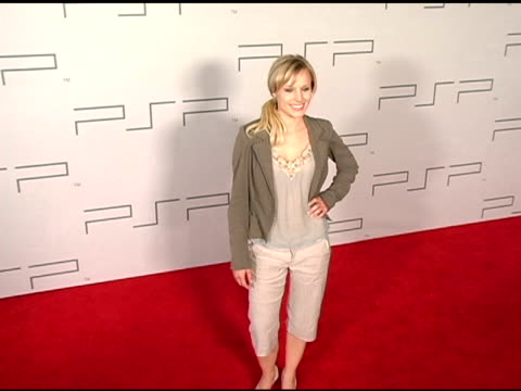 kristen bell at the pret-a-psp accessories show at pacific design center in west hollywood, california on march 14, 2005. - pacific design center stock videos & royalty-free footage