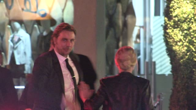 kristen bell dax shepard arrive at the 2014 vanity fair oscar party in west hollywood in celebrity sightings in los angeles 03/02/14 - oscar party stock videos & royalty-free footage