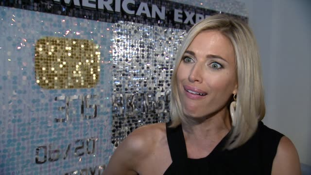 vidéos et rushes de interview kristen taekman talks about the plans for the contest winners and their guests who are visiting new york as part of the #everydaymoments... - piste d'envol