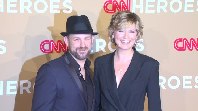 Kristian Bush and Jennifer Nettles at the CNN Heroes An AllStar Tribute at Los Angeles CA