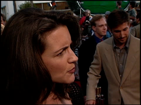 kristin davis at the 'out of sight' premiere at universal studios in universal city california on june 17 1998 - kristin davis stock videos and b-roll footage